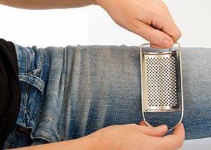 Cách làm quần Jean/Bò rách CỰC ngầu đơn giản 6
